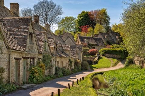 Самые красивые деревушки, которые словно сошли со страниц сказочных книг (20 фото) (8)