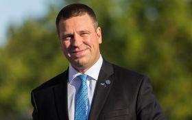 Сложно понять: политики раскритиковали премьера Эстонии за обращение на русском языке