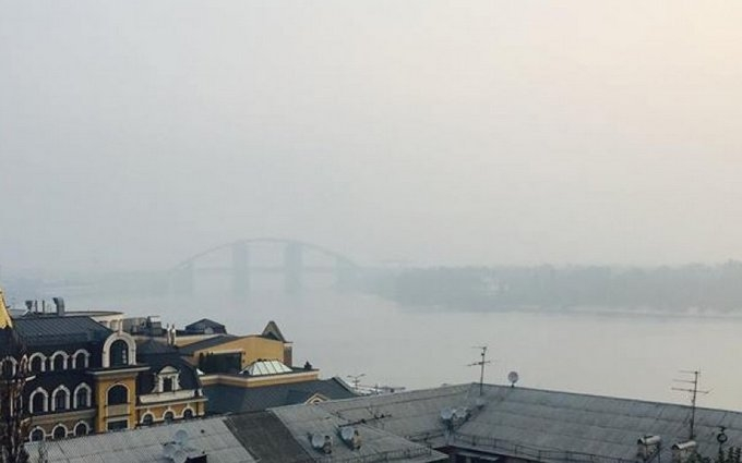 Смог у Києві: норми забруднення атмосфери перевищені, названі нові цифри