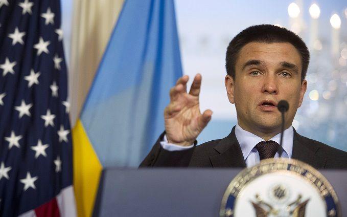 Порошенко хочет представить наГенассамблее ООН идею ввода миротворцев вДонбасс