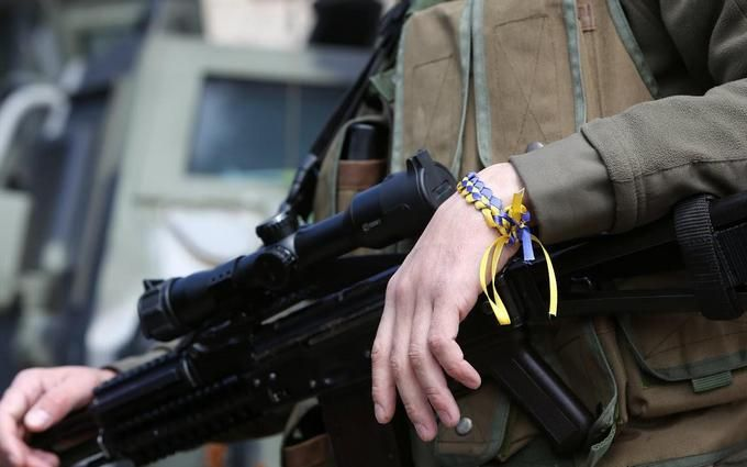 """Війна на Донбасі стала вигідна: волонтер розповіла про """"договорняки"""""""