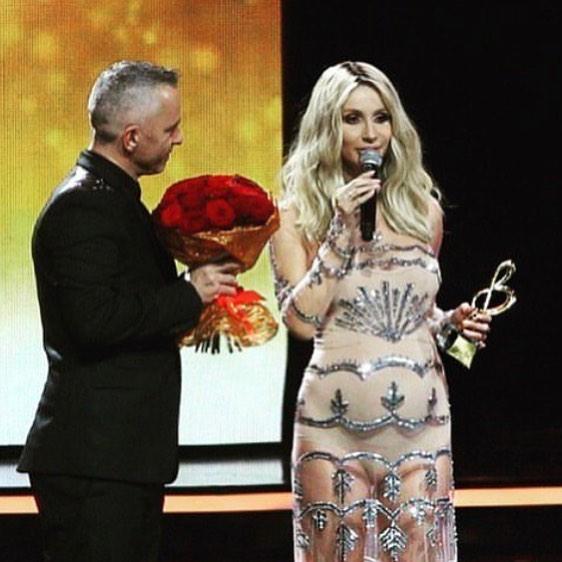 Скандальна українська співачка зробила заяву про вагітність: опубліковані фото і відео (1)