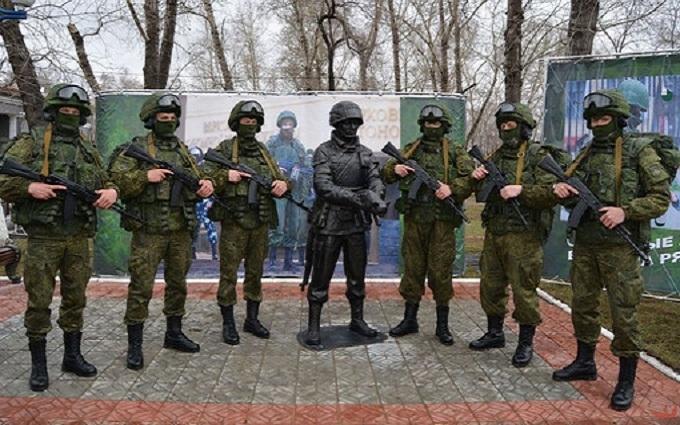 """Кота не хватило: в Крыму поставят еще один памятник """"вежливому человеку"""" Путина"""