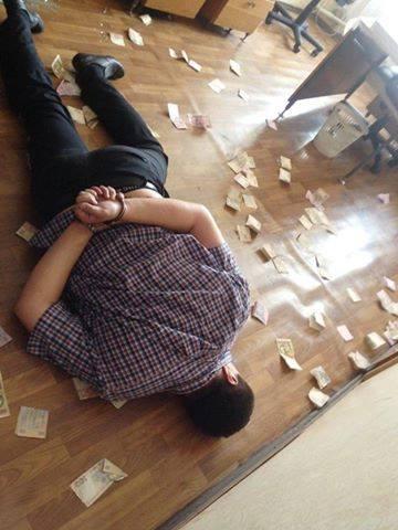 Який сором: фото затриманого в Харкові хабарника несподівано підірвали мережу (1)