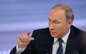 """Путин насмешил сеть предложением """"махнуть"""" по бокалу: появилось видео"""