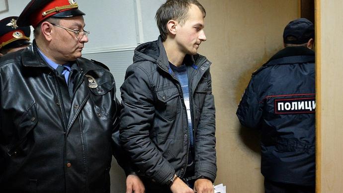 До Донецька приїхали нацисти з Росії, а ДНР врятував від смерті Стрєлков - журналіст про те, як почалася війна (2)