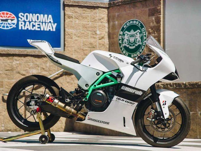 Покоритель автострады - мотоцикл Kramer HKR-EVO2