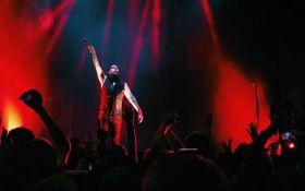 Епатажний співак в Києві зробив несподівану заяву про Москву: опубліковано відео