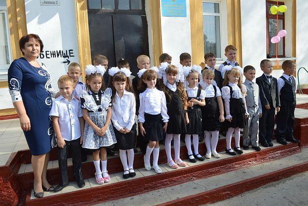Як війна вплинула на дітей Донбасу: відомий американський сайт опублікував фото (1)