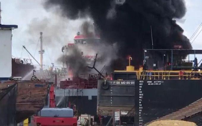 В Колумбии произошли взрывы в морском порту, есть погибшие: появилось видео