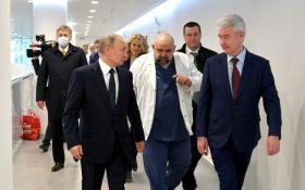 Коронавирус приблизился к Путину: заразился врач, который беседовал с президентом