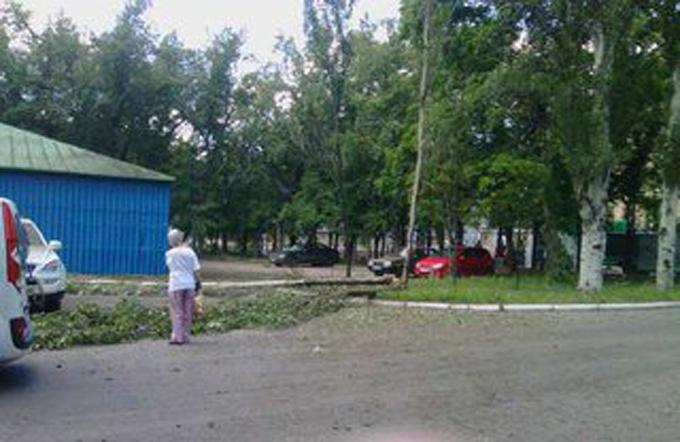 В окупованому Донецьку стався вибух: опубліковані фото (2)