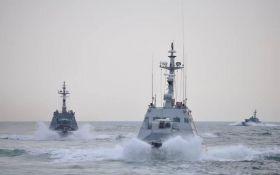 МінТОТ: Росія захопила українські кораблі в міжнародних водах