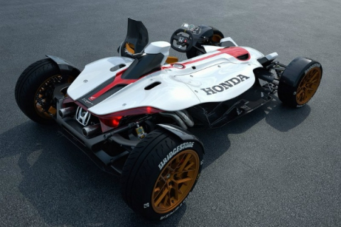Honda выпустила трековый спорткар с мотоциклетным мотором (5 фото) (5)