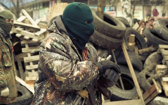 """Росія годує бойовиків на Донбасі """"доісторичною"""" їжею"""