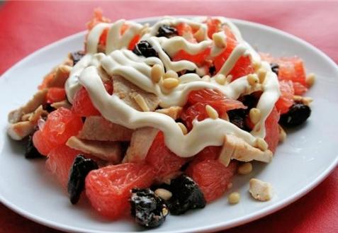 Рецепт - Салат с курицей и грейпфрутом