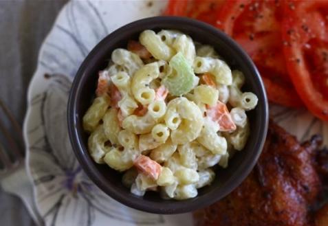 Салат из макаронов по-гавайски