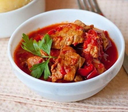Рецепт - Свинина, тушенная с болгарским перцем