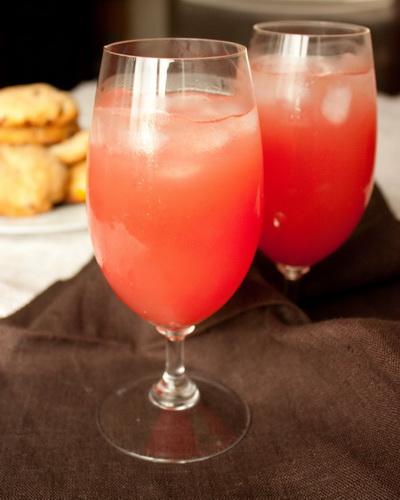 Арбузно-имбирный напиток