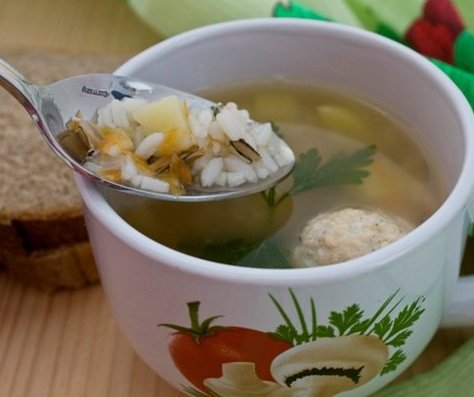 Постные блюда: Суп с рыбными фрикадельками