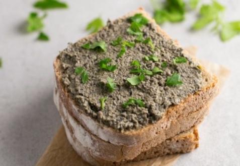 Вегетарианский паштет из оливок