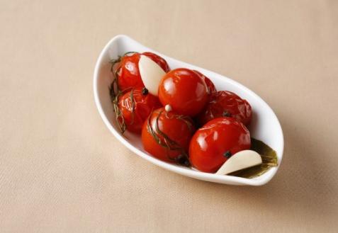 Сухой способ засолки томатов