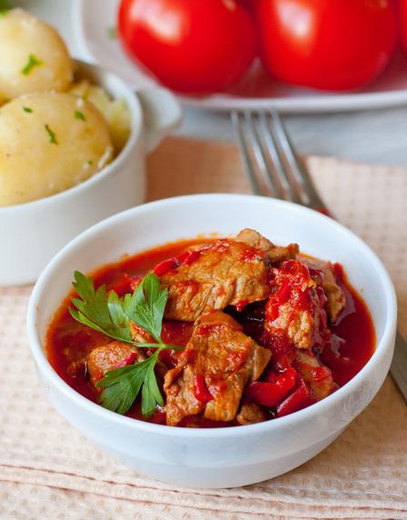 Свинина с болгарским перцем рецепт с фото