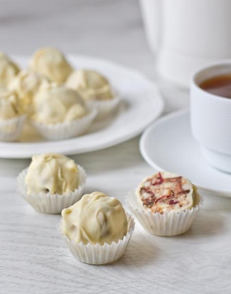 Рецепт - Ореховые конфеты в белом шоколаде