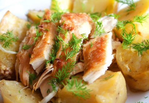 Курица с картофелем, запеченные в рукаве