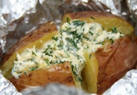 Картофель, запеченный на костре