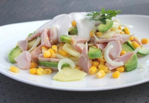 Рецепт - Салат с копченой курицей