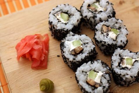 Рецепт - Урамаки с кунжутом