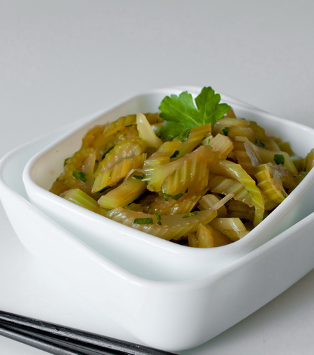 Китайский сельдерейный салат