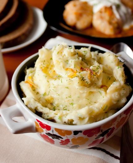 Картофельное пюре с карамелизированным луком