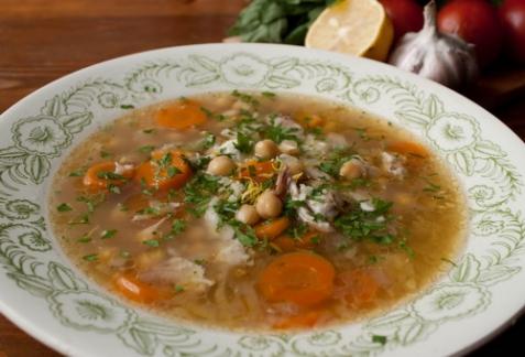 Куриный суп с нутом