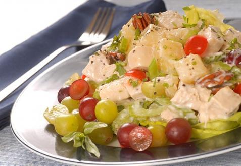 Рецепт - Куриный салат с виноградом