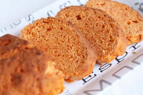Рецепт - Красный хлеб с паприкой