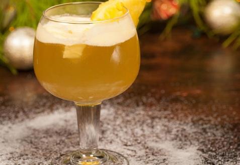 Рецепт на Новый год: Коктейль с шампанским