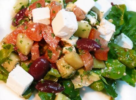 Салат по-гречески - рецепт