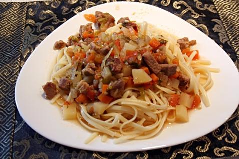 Среднеазиатское блюдо «Лагман»