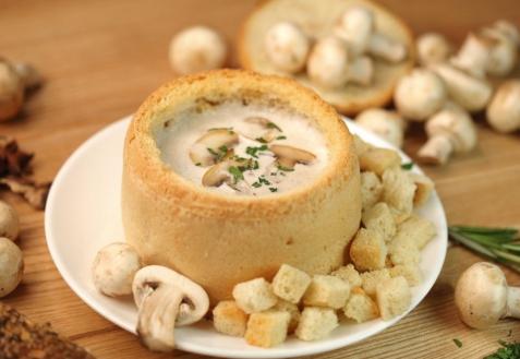 Грибной суп в хлебе (видео)