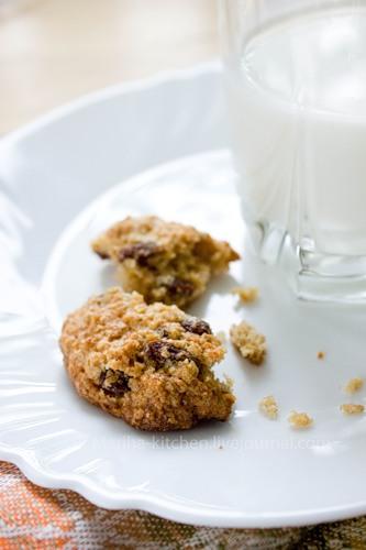 Рецепт - Овсяное печенье с изюмом