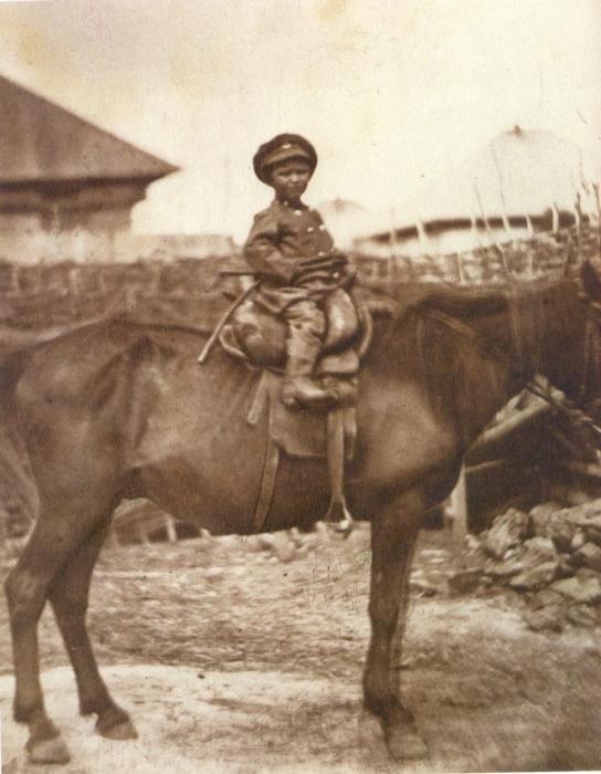 Маленький донской казак. Россия, 1877 год. Фото: Ivan Boldyrev.