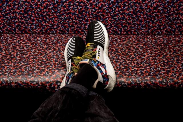 Дизайн новеньких adidas — в стиле обивки сидений берлинского метрополитена