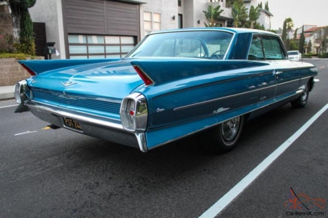 Cadillac 1962 года.