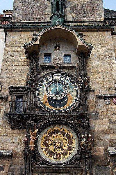 Прага — город, в который влюбляешься без памяти и приезжаешь сюда вновь и вновь: с удобной обувью, ... - 2