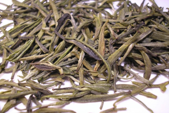 Huoshan_Huangya_tea_leaves.jpg