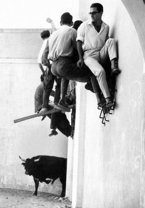 Испанский национальный обычай. Испания, Памплона, 1965 год.