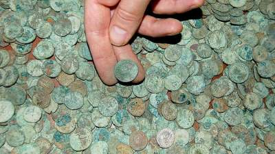 Самые крупные клады, найденные за последние годы. Фото