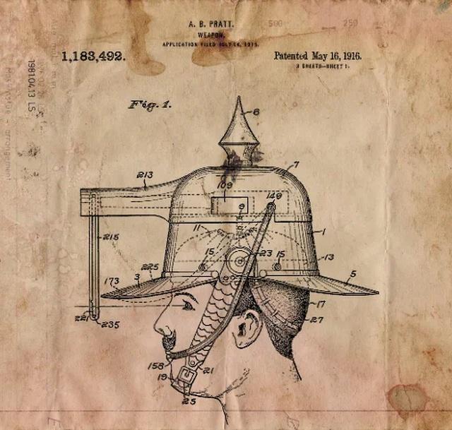 Стреляющий шлем изобретателя Альберта Прэтта